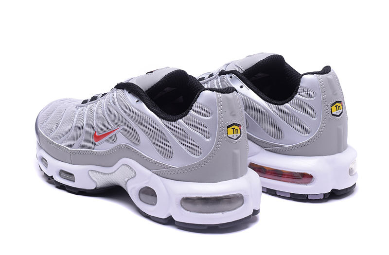 chaussures nike tn pas cher