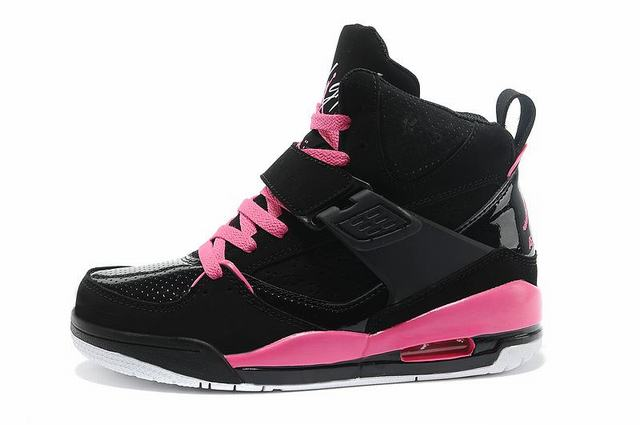 air jordan flight femme noir et rose